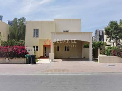 3 Bedroom Villa for Sale in The Meadows, Dubai - Vacant | Type 3 | 3 Bed + Maid | Lake View Side