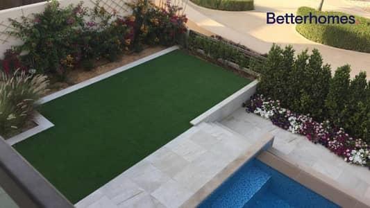 Luxurious Villa I Private  Pool I Unfurnished