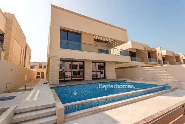2 Luxurious Villa I Private  Pool I Unfurnished