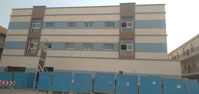 Labour Camp for Sale in Muhaisnah, Dubai - New Labour Camp | Large Capacity | Excellent Location