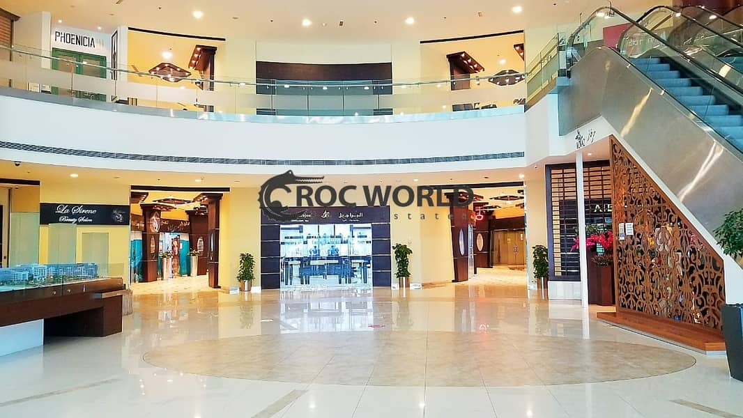 2 Fitted Shop in Shopping Center 2 Month Free Ideal Location