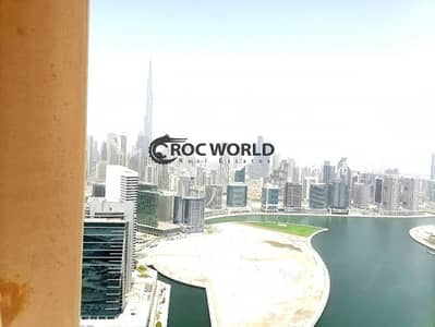 2 Bedroom Flat for Rent in Business Bay, Dubai - Upgraded Full Furnished 2Bed | Great Full Canal view | Vacant