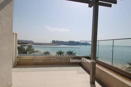 فیلا 5 غرف نوم للبيع في شاطئ الراحة، أبوظبي - Gorgeous villa I Beach Front I Private pool I Beach access I