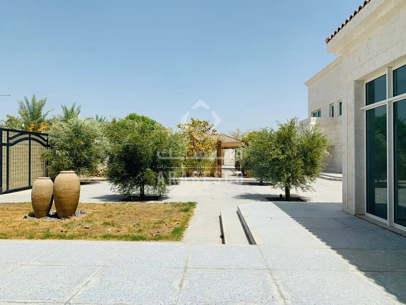 2 VERY BEAUTIFUL AND GOOD QUALITY VILLA FOR SALE IN MBZ