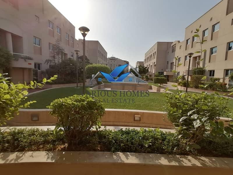 Duplex 2BR Hall Parking
