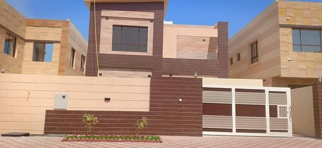 فیلا 5 غرف نوم للبيع في المويهات، عجمان - فيلا للبيع بمواصفات جذابه وتصميم رائع تشطيب سوبر دوبكلس مع امكانيه التمويل البنكي