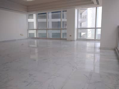 3 Bedroom Flat for Rent in Corniche Road, Abu Dhabi - Top Class 3 BR with Full Facilities