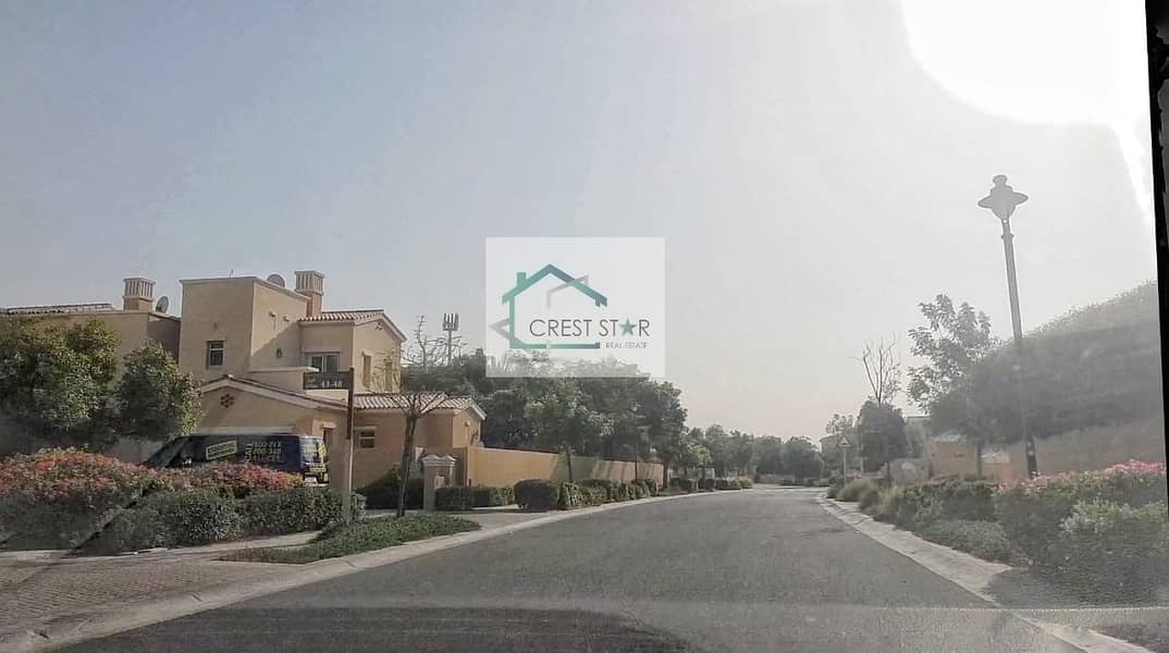 2 Affordable 3 Bedrooms Villa in Arabian Ranches