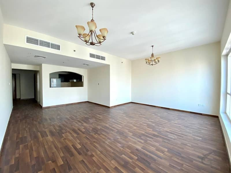 Huge 2 Bedrooms with study + laundry I High Floor I Very Nice View