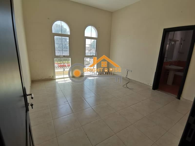 13 Private 5 Master B/R Villa with Huge Yard @ MBZ City