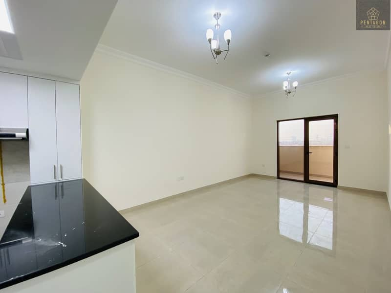 2 Huge Studio   No Commission   Free Month   Brand new apartment