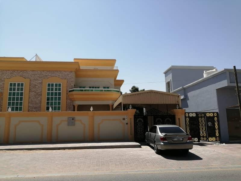 Very clean villa for rent in Al Rawda