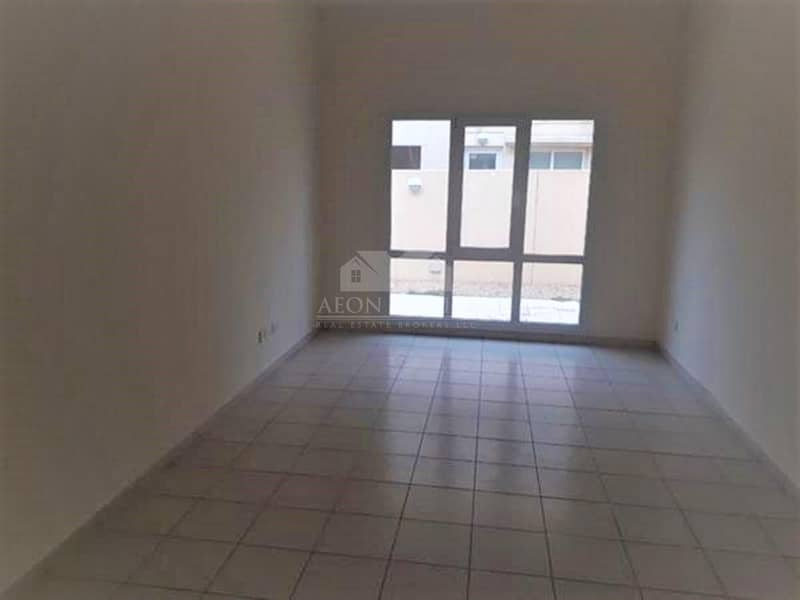 Type 3 I 3 BR plus Study I Vacant in Meadows 1