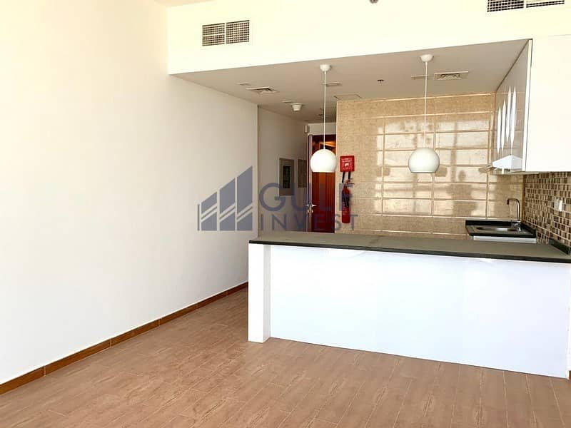 Studio/Multiple Cheques /1 Month Free / High Floor