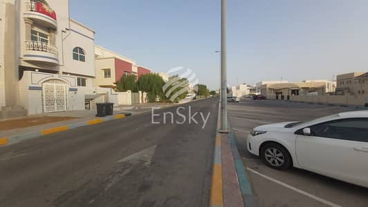 9 Bedroom Villa for Rent in Al Najda Street, Abu Dhabi - Well Maintained Huge Villa|Ideal Location