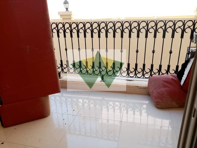 12 Awesome 3 master bhk apt with balcony
