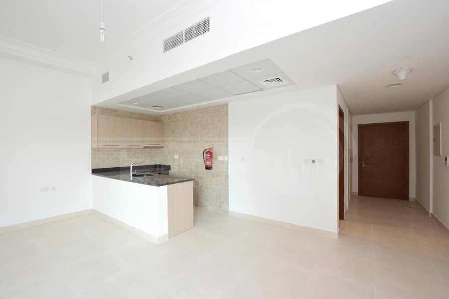 2 Modern Studio Apartment w/ Water Park View