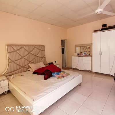 A BIG 3 BHK VILLA  AVAILABLE IN 48K IN AL RAMLA AREA WITH 4 PAYMENTS IN SHARJAH