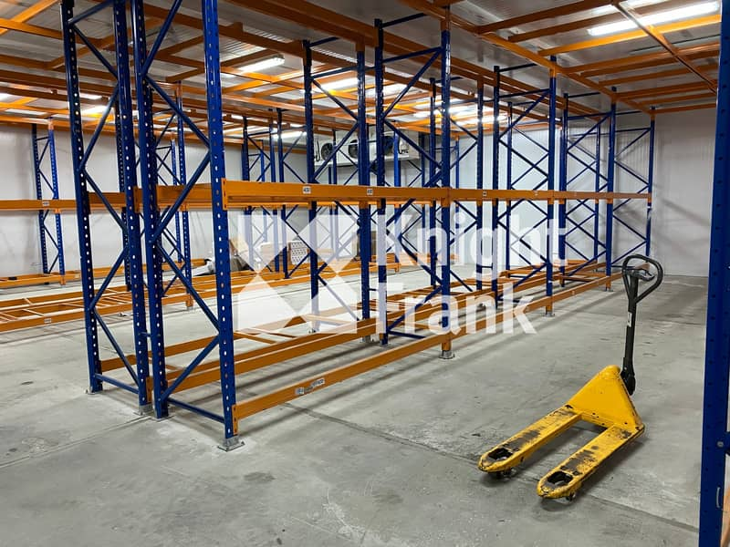 Cold and chilled storage warehouse with racking