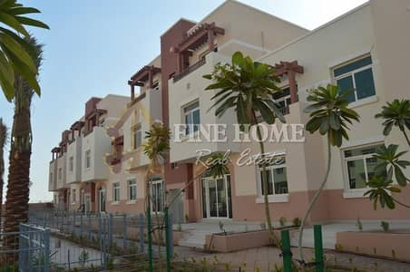 Studio for Sale in Al Ghadeer, Abu Dhabi - A Modern & Clean Studio Apartment in Al Ghadeer