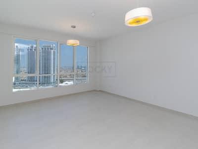 استوديو  للايجار في البرشاء، دبي - Wonderful Studio with Parking | Pool