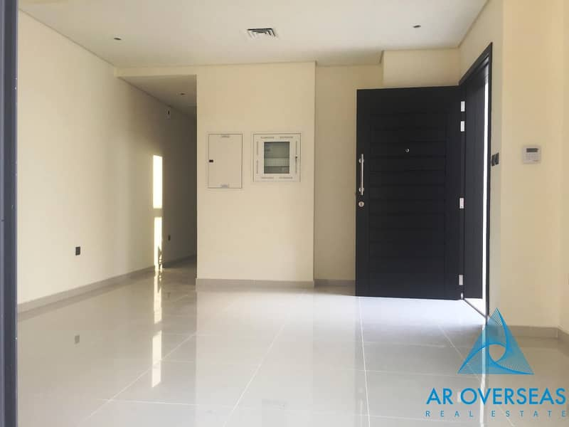 Closed Kitchen 3 BHK TH For Rent in Akoya Oxygen