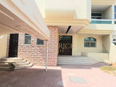 3 Bedroom Villa for Rent in Jumeirah, Dubai - Well Maintained | Bright 3BR Villa | 1 Month Free