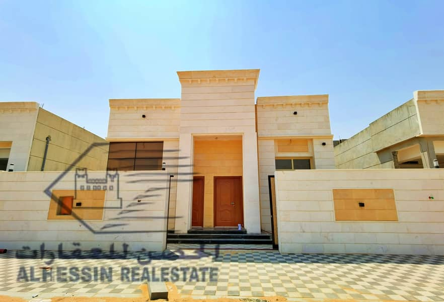 Villa for sale in a very elegant for lovers on the ground floor
