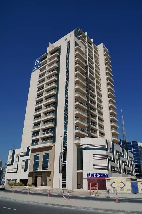 10 Fantastic Full Canal View-1 Bedroom  apartment-Huge Balcony in Business Bay.