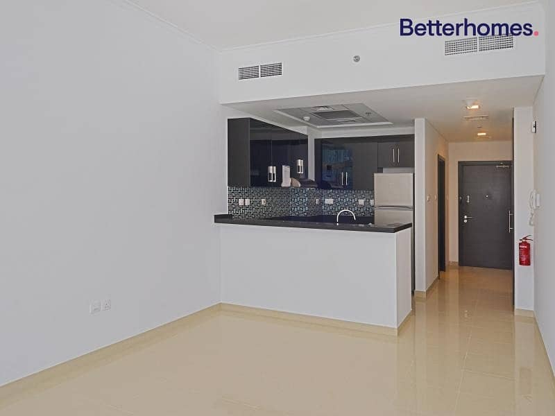 2 Higher Floor   Spacious   With Tenant