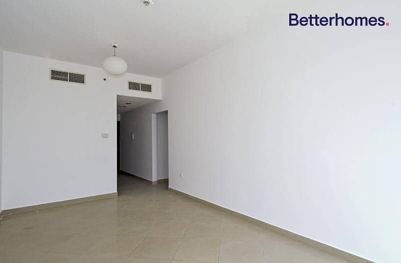 2 Cluster M|Tenanted|Mid Floor|Unfurnished
