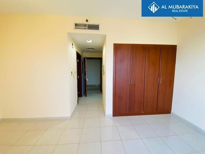 2 Beautiful Studio | Available for Rent