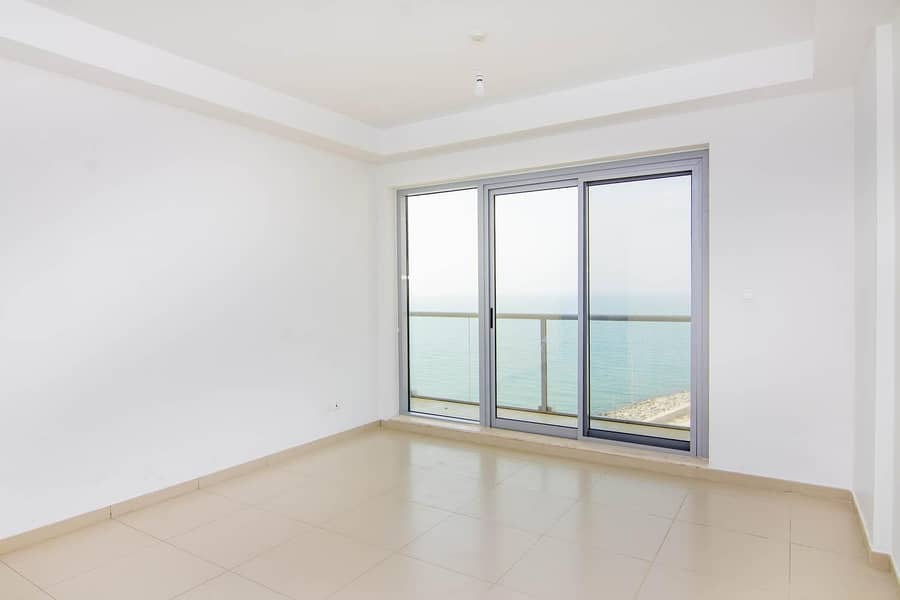 2 Breathtaking Sea View - Must see - Chiller Free