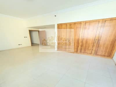 2 Bedroom Flat for Rent in Dubai Marina, Dubai - Luxurious Unit | Huge Size | Kitchen Equipped