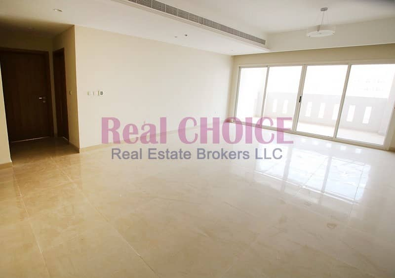 2 Spacious Layout 3BR Well Maintained Apartment