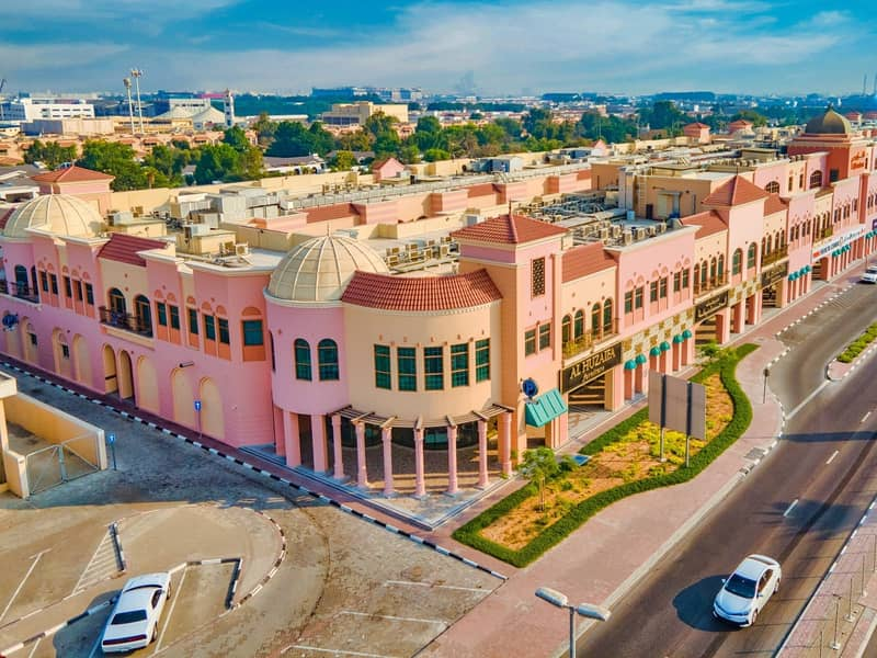 22 000 AED commission only   Tennis courts