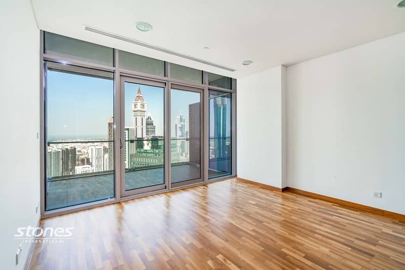 2 Elegant Unit on High Floor with DIFC View