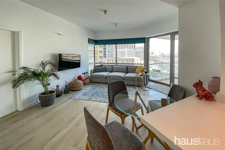 2 Bed | Upgraded | Great Location | Furnished