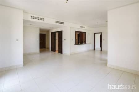 فلیٹ 3 غرف نوم للايجار في المدينة القديمة، دبي - Best 3 plus maid Corner Unit in Old Town