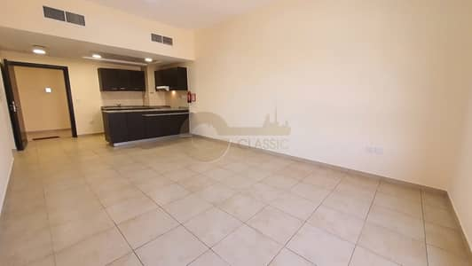 1 Bedroom Apartment for Rent in Remraam, Dubai - Great Location | Open kitchen | Thamam |