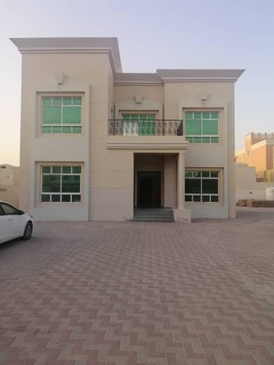 فیلا 3 غرف نوم للايجار في المزهر، دبي - صفقة مذهلة فيلا طابقين تكييف مؤكزى تقع في المزهر الاولى   (3 غرف نوم + صالة + مجلس + غرفة خادمة + غرفة غسيل + غرفة تخزين + غرفة طعام + مطبخ كبير  + موقف سيارات + حديقة)