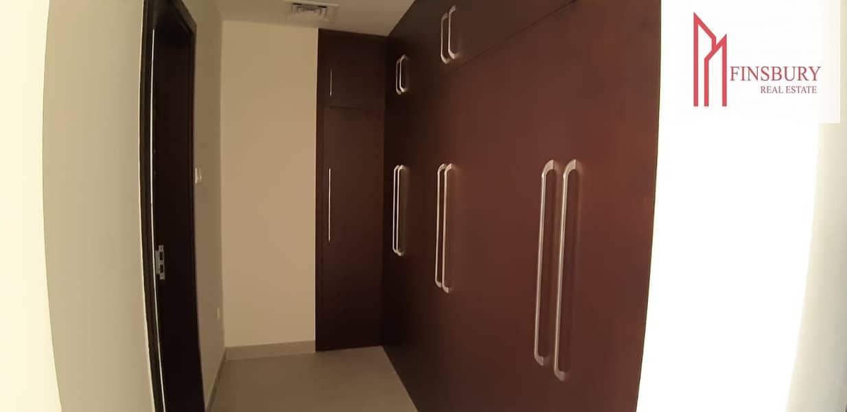 18 Bermuda Villa | Spacious | Full Sea View | 2 Bedroom + Maids Room |