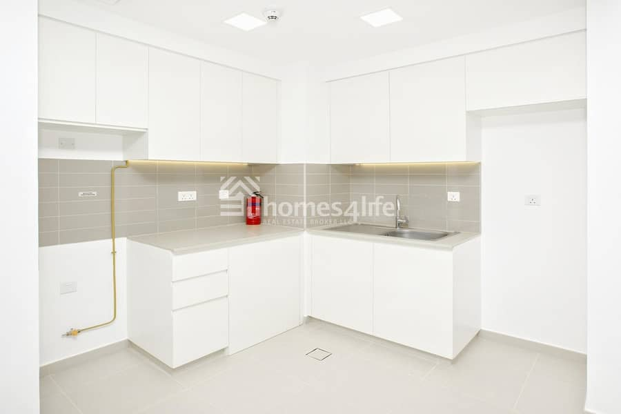 2 Near to Supermarket|Affordable Price|Call to View