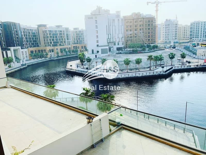 2 Spacious 3 Beds | Waterfront View | Good Condition