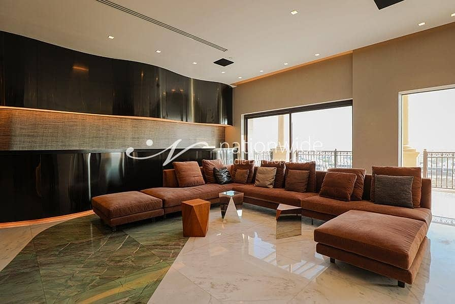 Majestic VIP Penthouse with Panoramic Views
