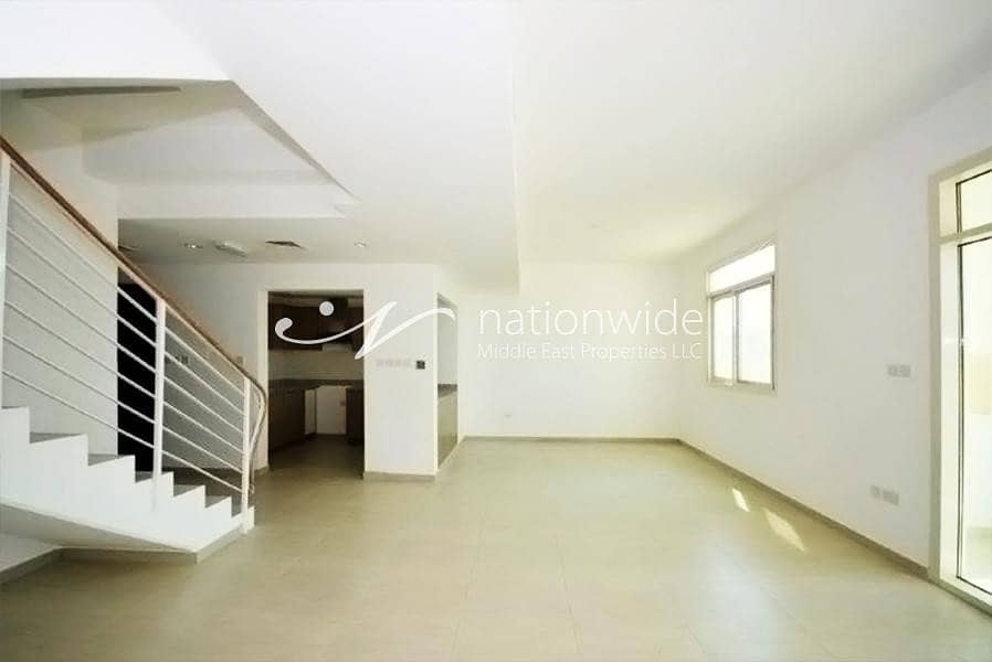 2 An Affordable and Comfy Townhouse w/ Garden