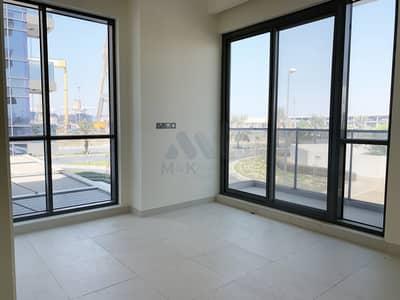 3 Bedroom Flat for Rent in Al Mina, Dubai - Huge Terrace   12 Cheques   Maids Room   Biggest Apartment