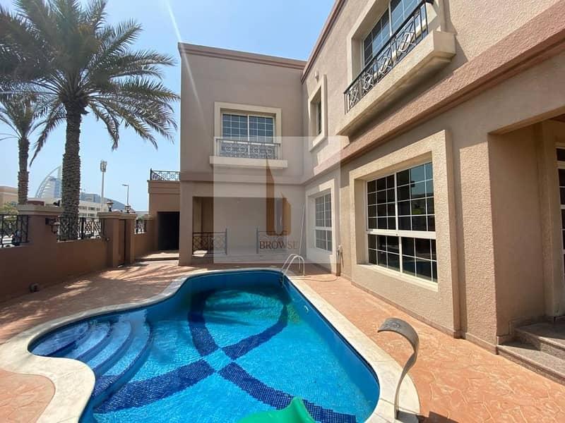 36 Independent Villa 4BR+Private Pool+Garden+Maids