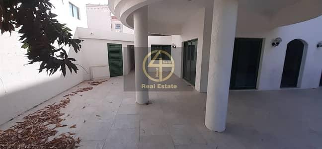 فیلا 5 غرف نوم للايجار في المناصير، أبوظبي - Captivating Large Villa | Private Pool Attached