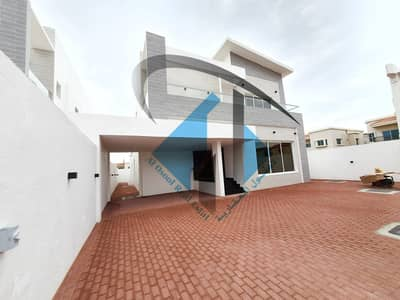 Brand New Villa nearby main road 5 bedrooms Free Hold For All Nationalities in good price.